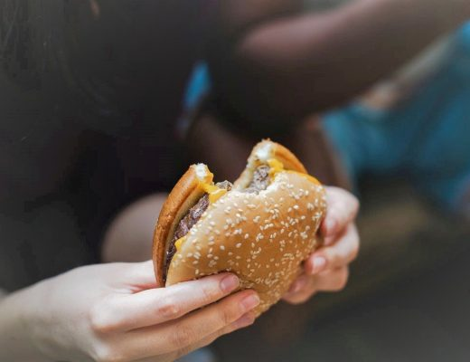5 eating mistakes that sabotage your health in the long run