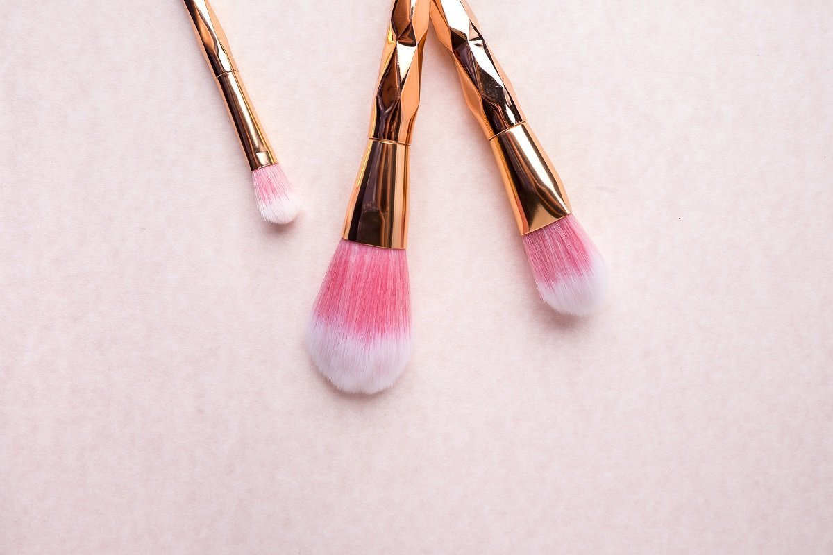 Want To Be A Makeup Artist? Here's What You Need To Know