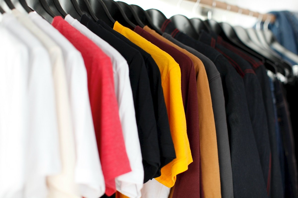 7 Simple Tips To Style Up Your T-Shirt Look