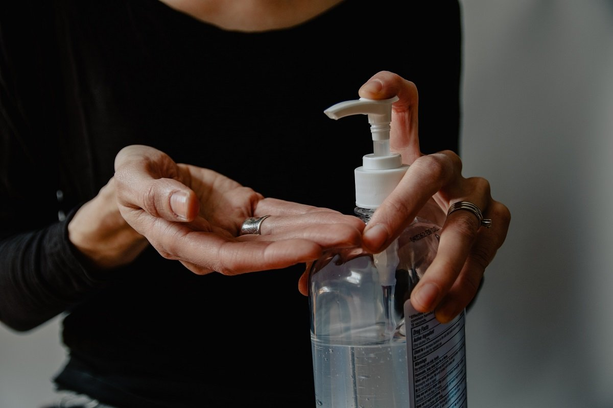 BE SURE TO DO YOUR HOMEWORK BEFORE BUYING A SANITISER OR DISINFECTANT